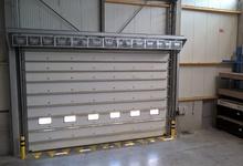 Industrieel luchtgordijn Reznor  voor poort van 8m breed en 5m hoog. Project Bruyland Technics