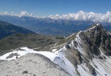 Lucht, luchtvochtigheid, (lucht-)snelheid, (lucht-)druk, temperatuur, aggregatietoestanden, smelten, stollen, verdampen, condenseren, rijpen, sublimeren  ....  Zicht op Rothorn en Rhônevallei vanop Bella Tola (3025 meter)  (Wallis Zwitserland).